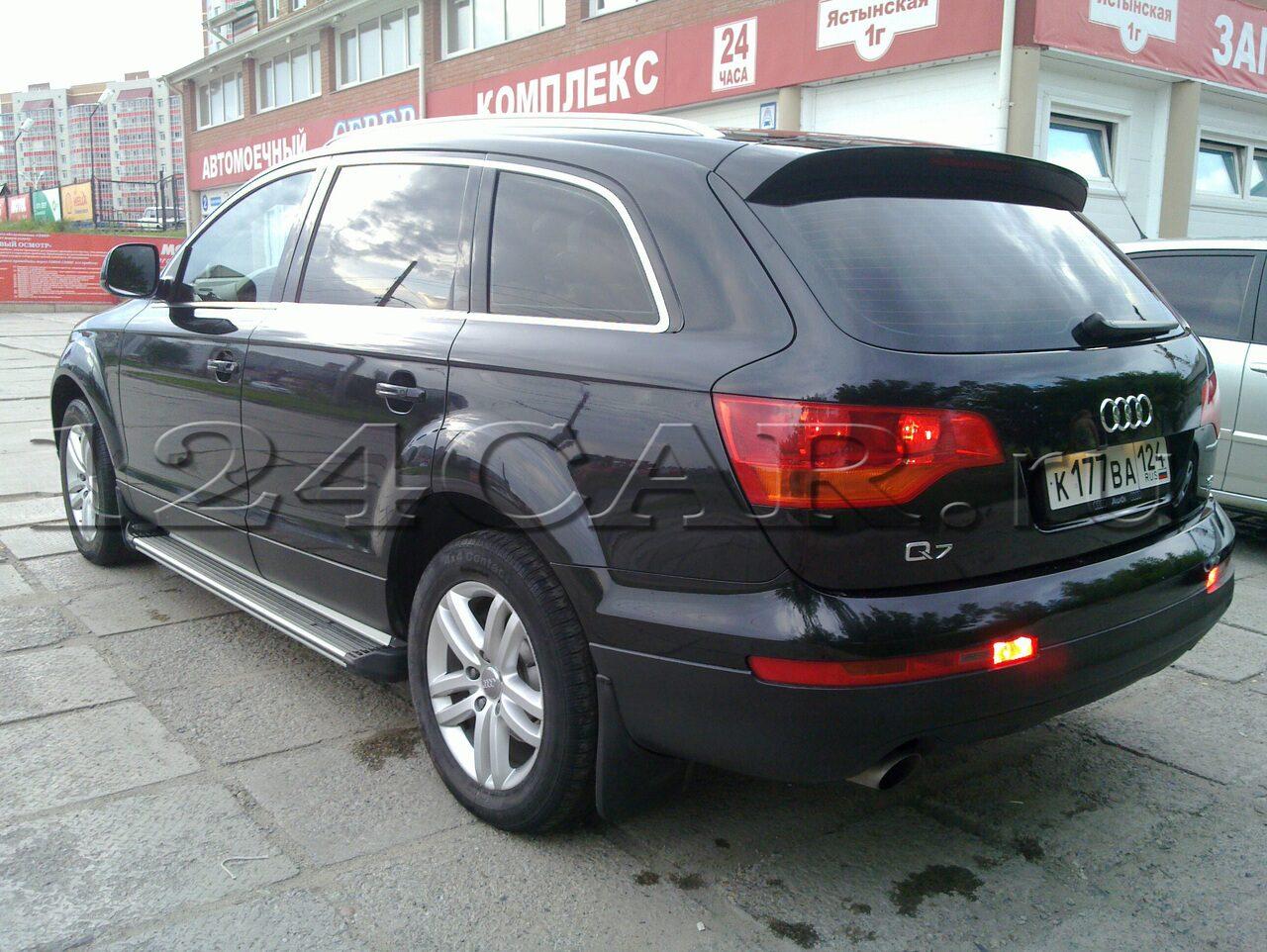 Audi q7 (Ауди ку 7) чёрного цвета, максимальная ...